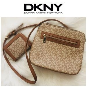 Dkny Bags - DKNY Donna Karan New York Monogram HandBag set